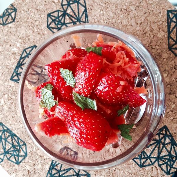 La minute healthy : les verrines fraises-carottes à lamenthe