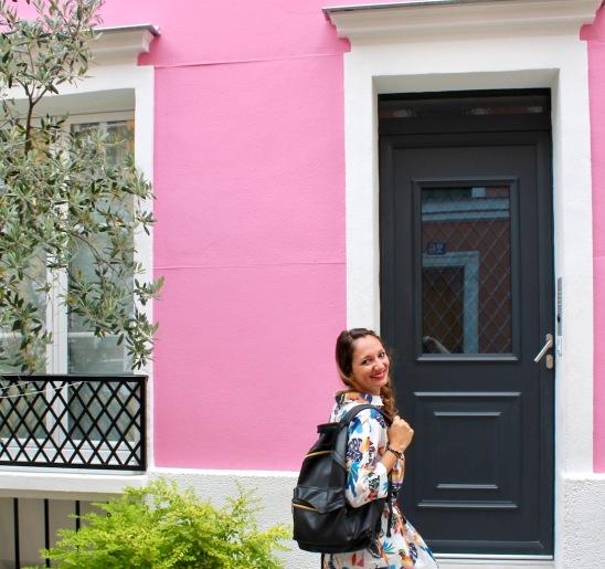 rue cremieux-rose1