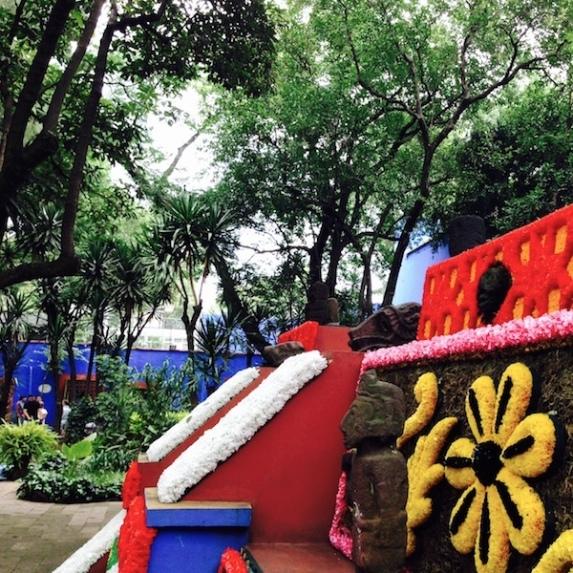 mexico- casa azul-temple